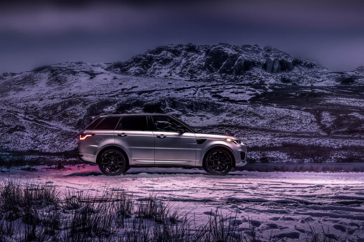To boost efficiency and performance, Land Rover has developed a new powertrain with straight-six engine, mild hybrid and electric supercharging