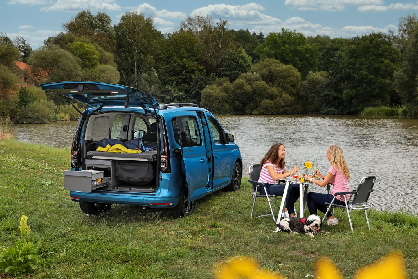 """Volkswagen adds a """"mini kitchen"""" to transform the outgoing Caddy Beach sleeper van into a Caddy California camper van"""