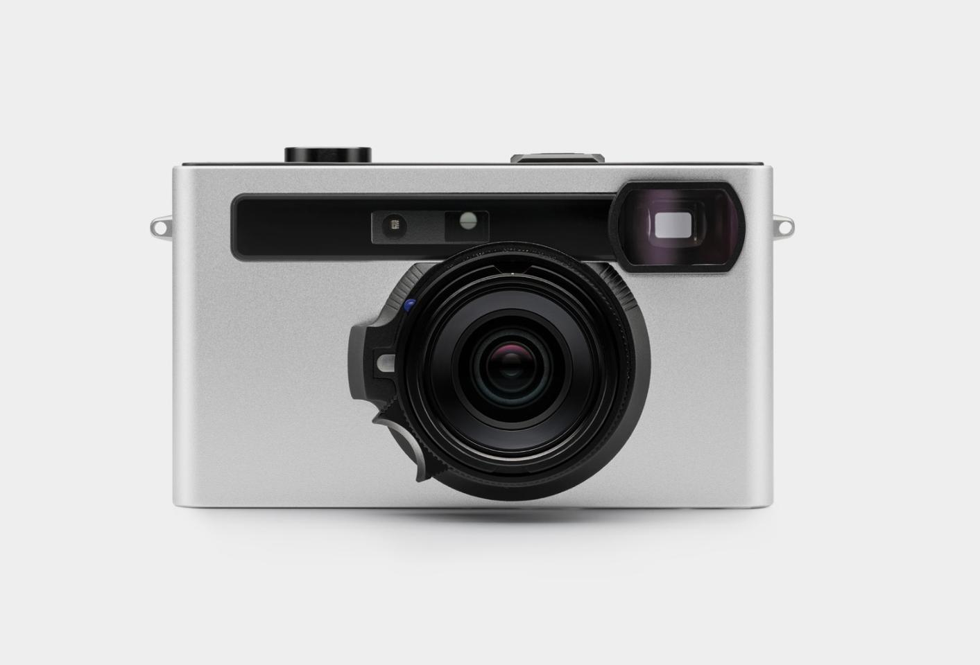 Image processing, display and storage are all taken care of through an app running on a paired smartphone, leaving the Pixii to take care of capturing memories