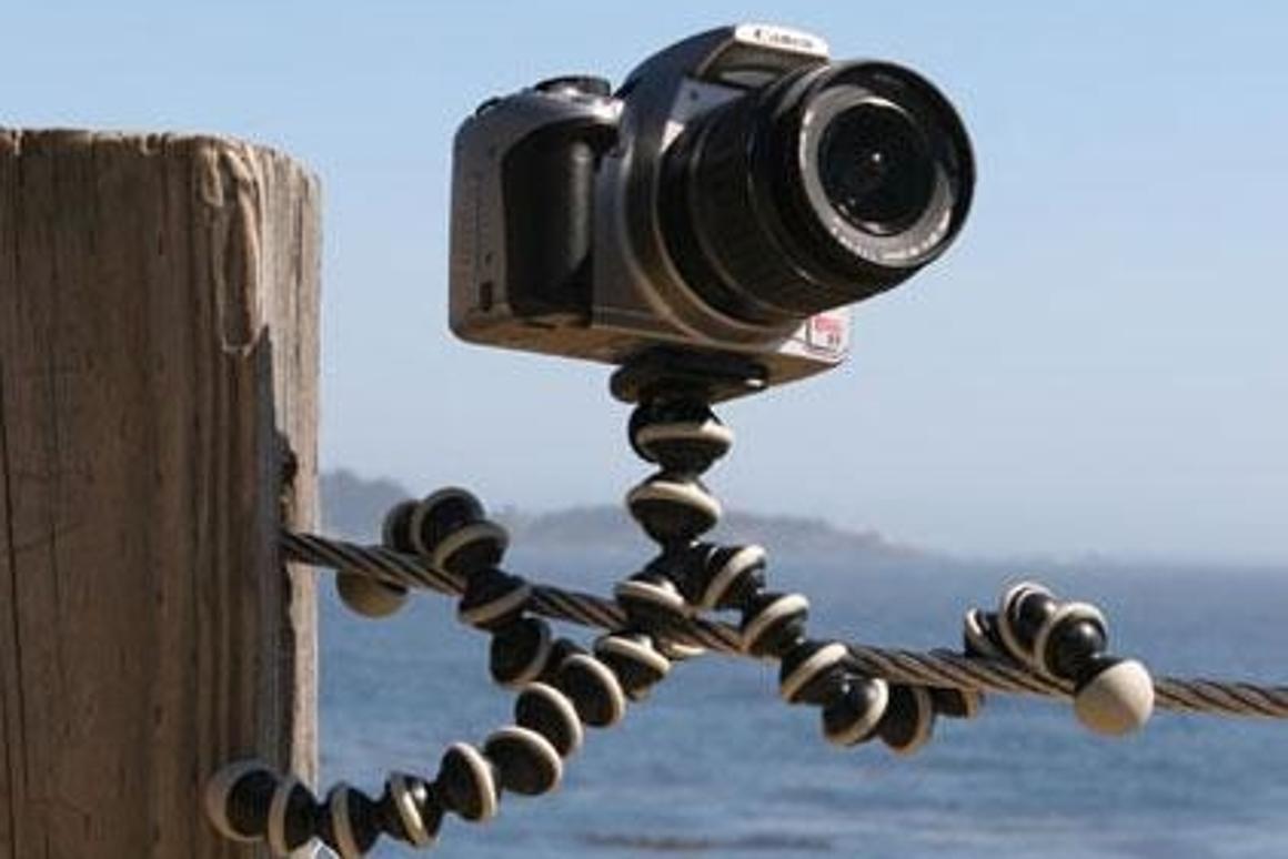 Now a GorillaPod for zoom lens SLRs