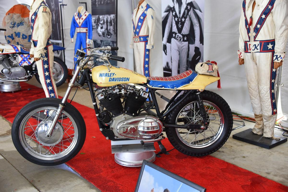 One of the series of Harley-Davidson jump bikes Knievel used over the years (Photo: Vicki Smith/Gizmag.com)