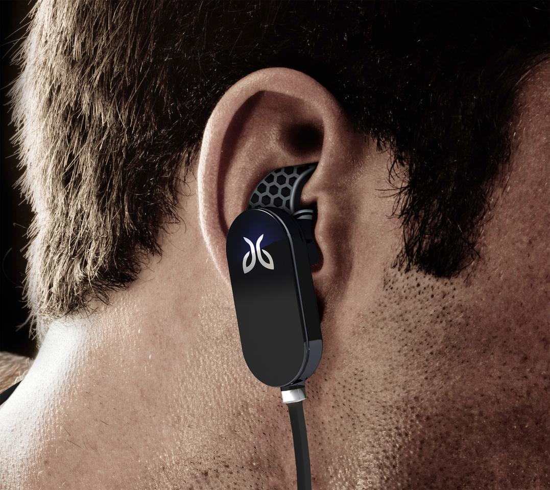 JayBird's JF3 Freedom Bluetooth Buds receive a wireless signal from their user's digital audio device, eliminating the need for a cord