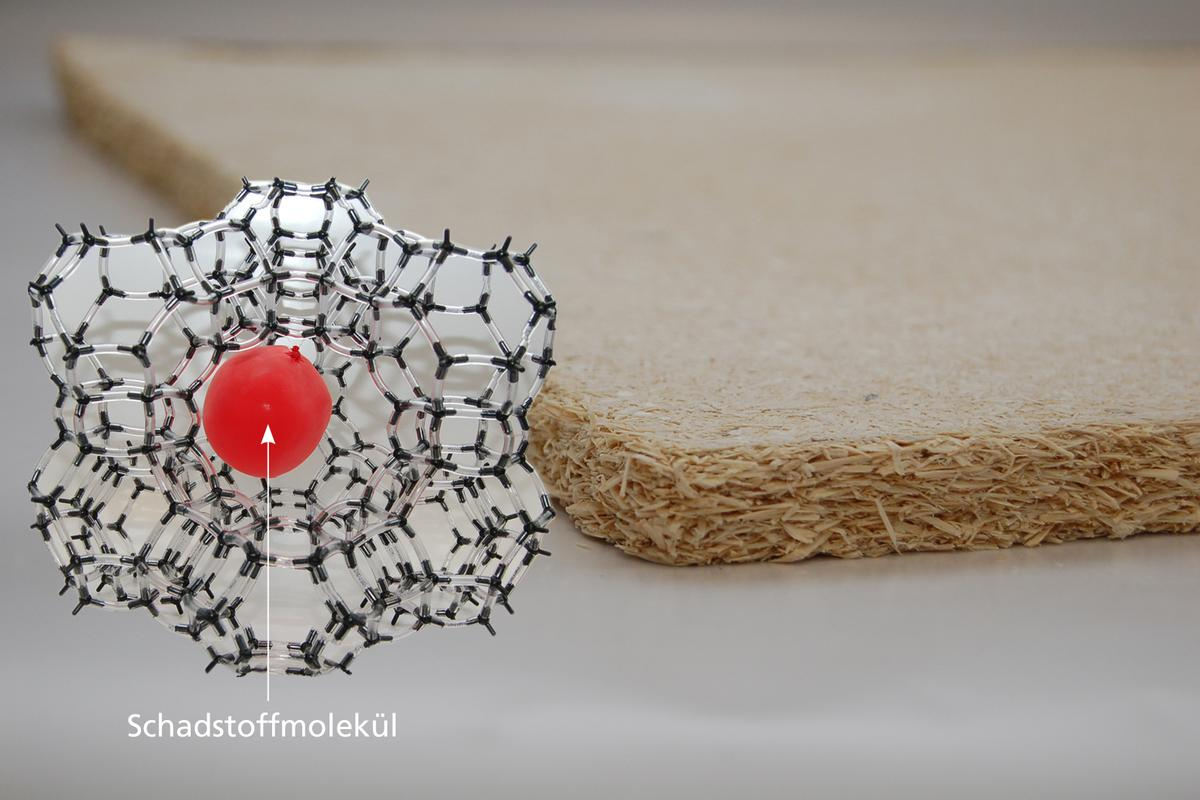 A model zeolite molecule, illustrating its porous structure and large inner surface area (Photo: Fraunhofer)