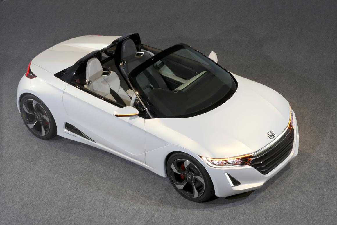 The S660 roadster will make its debut at the 2013 Tokyo Motor Show