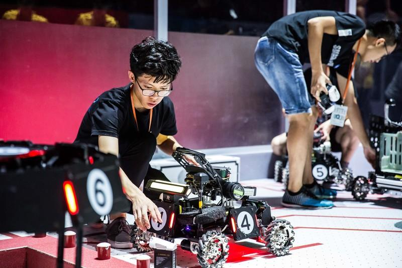 RoboMaster teams have five types of semi- or fully-autonomous robots to use on the battefield