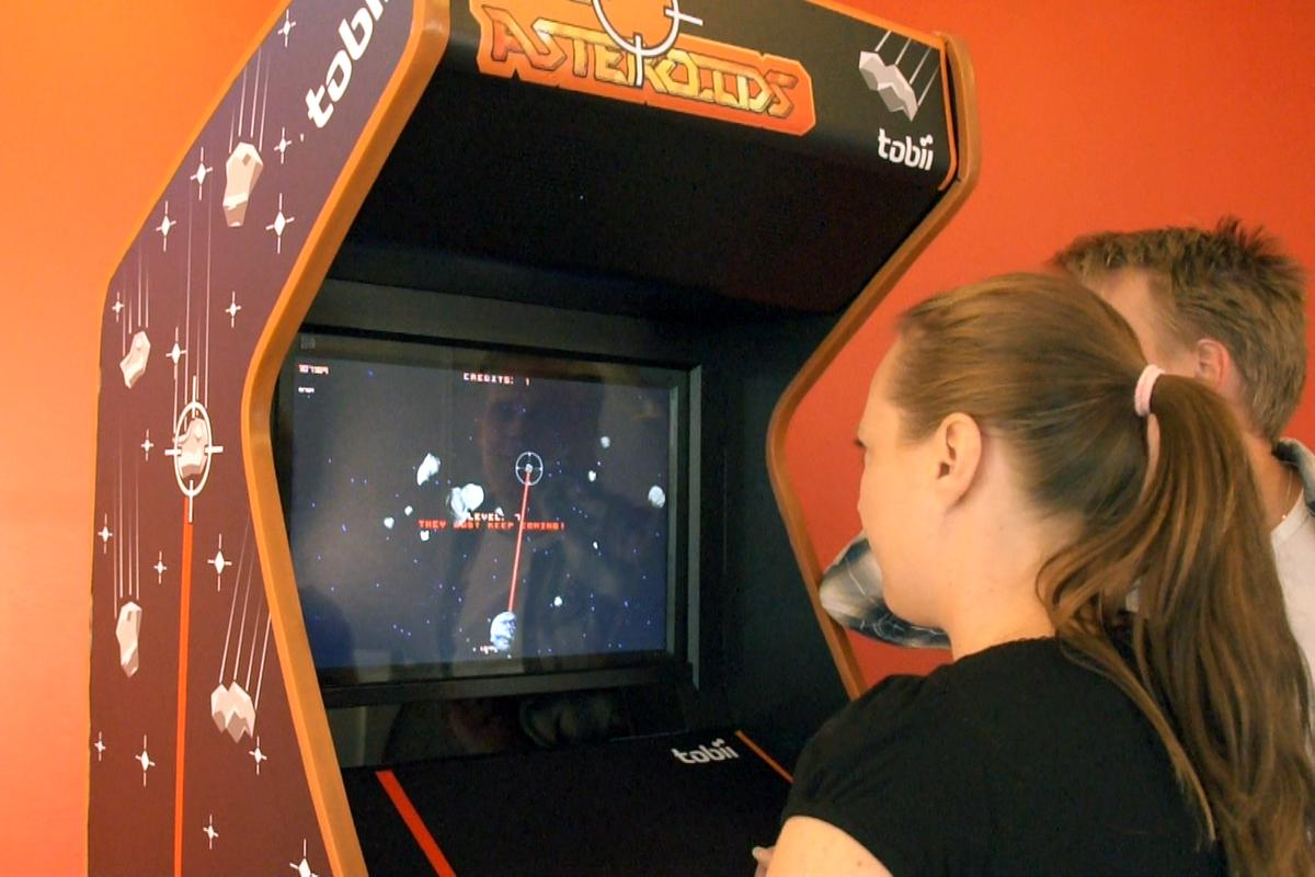 In Tobii's updated version of Asteroids, the Earth itself is the player's avatar, as opposed to a simple triangular ship