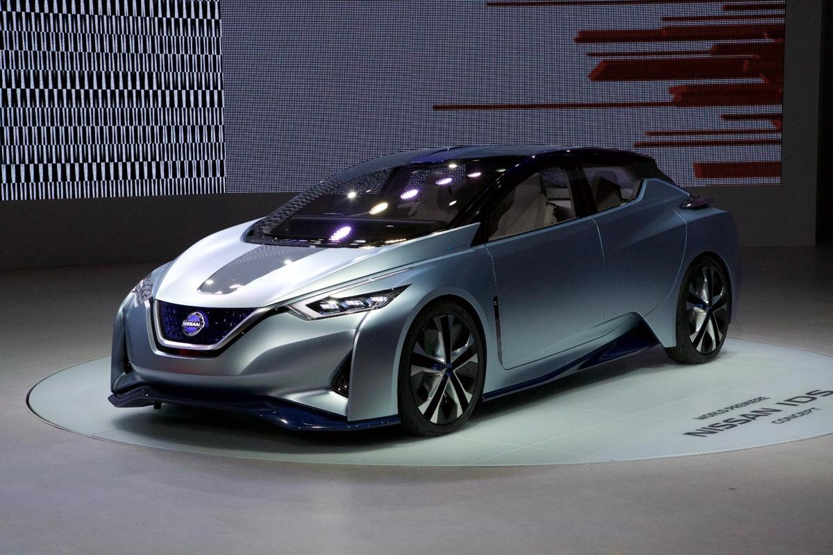 Nissan IDS Concept on the Tokyo Show floor