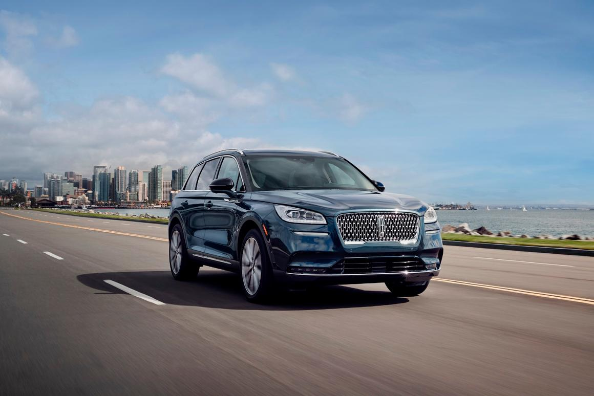 Technology in the 2020 Lincoln Corsair includes Phone As a Key, which does just what its name implies, a head-up display, and Lincoln Co-Pilot360