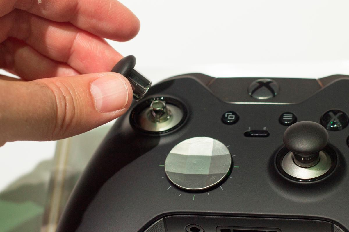 Gizmag goes hands-on with the new Xbox One Elite controller