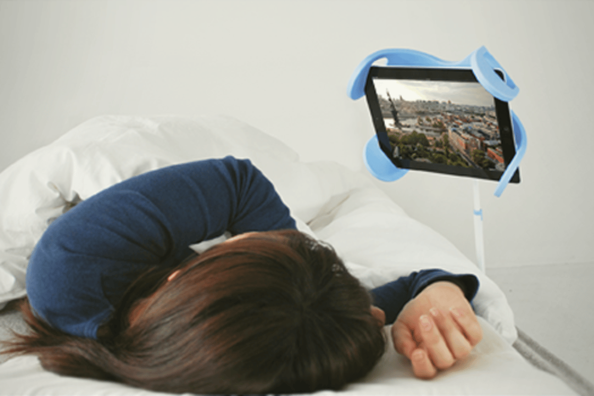 The Manatee lets you use your iPad while in bed