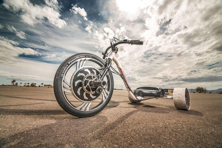 The team from Local Motors were inspired by the horizontal planes of the Arizona desert, set about motorizing the sport of downhill trike drifting