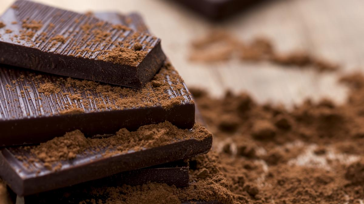 Researchers have finally discovered the key to dark chocolate's health benefits (Photo: Shutterstock)