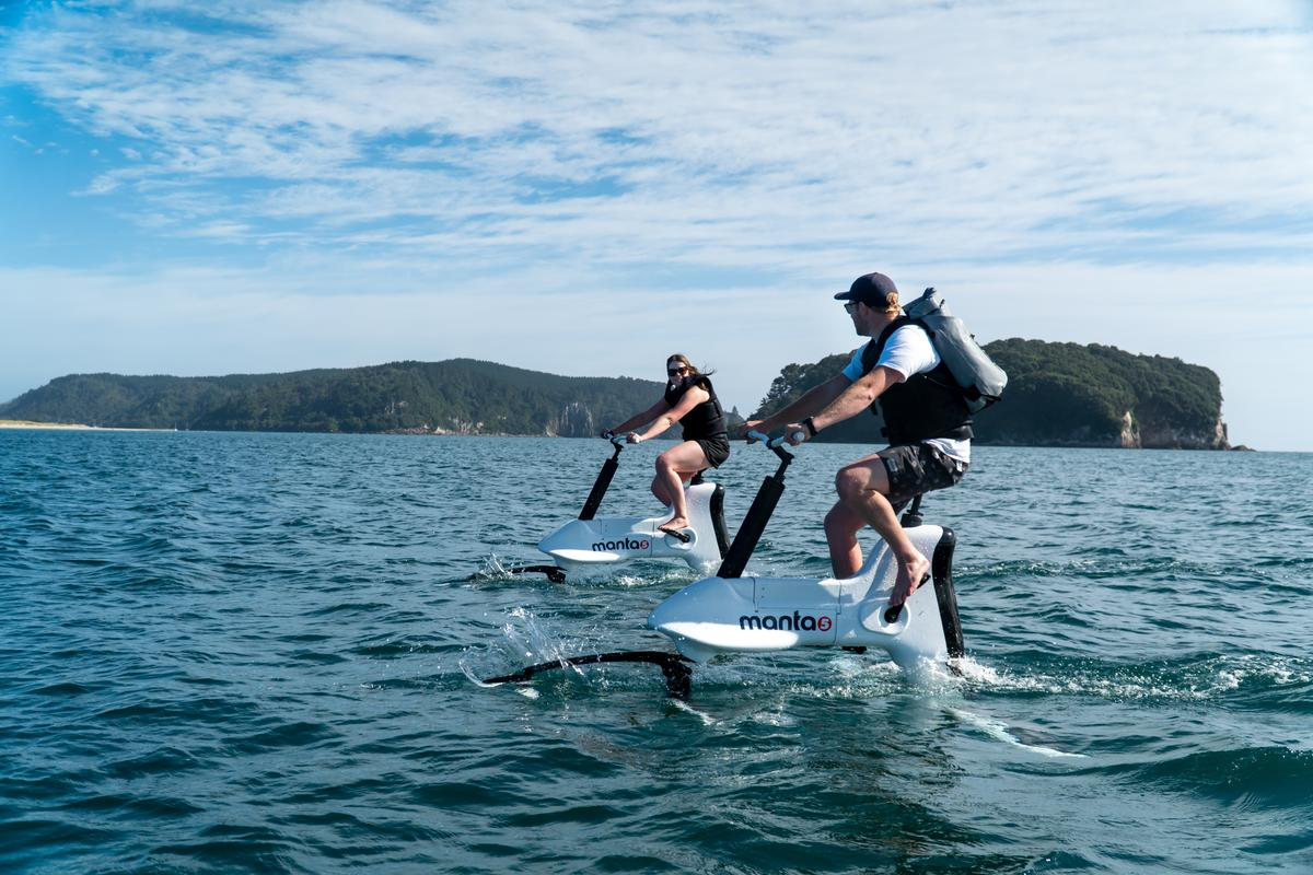 The Manta5 Hydrofoiler XE-1's top speed is 12 mph