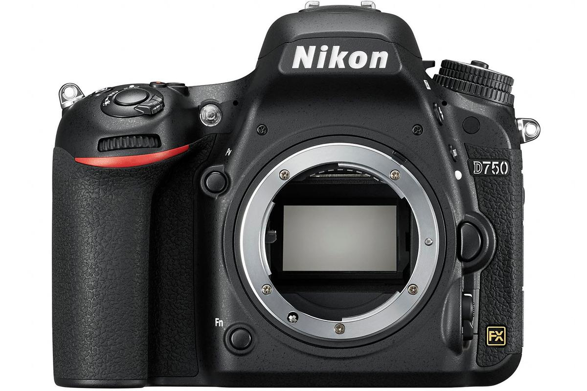 The Nikon D750 features a newly developed full frame 24.3-megapixel CMOS sensor