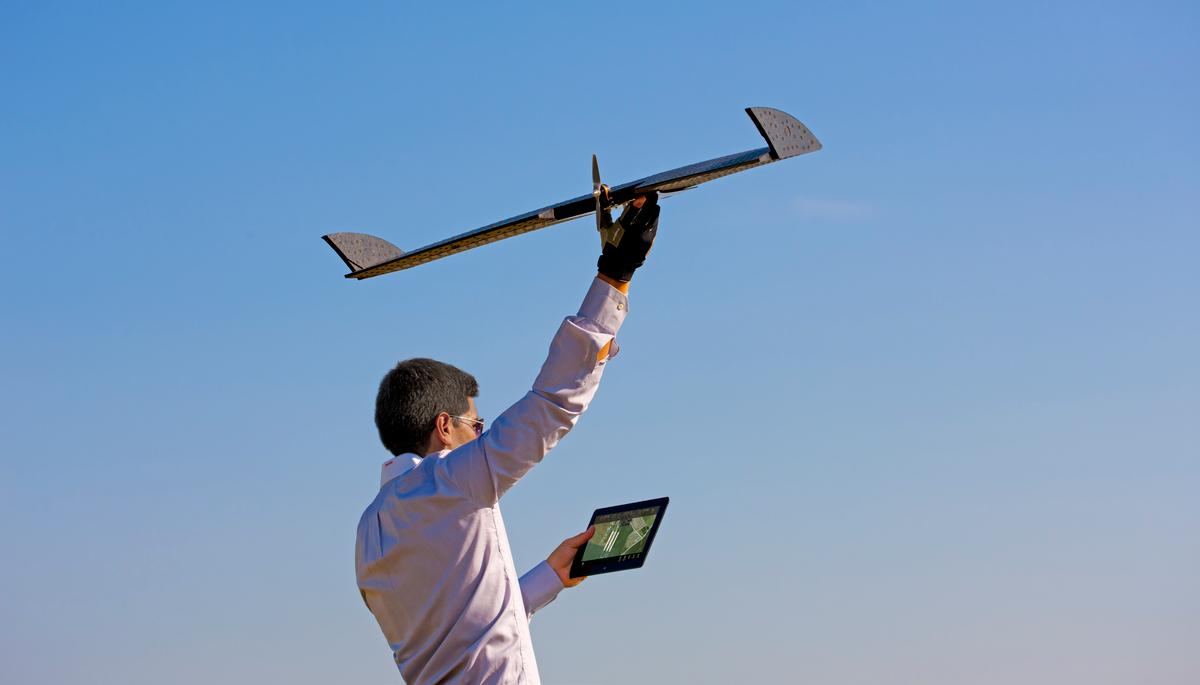 The tablet-programmed LA300, being hand-launched