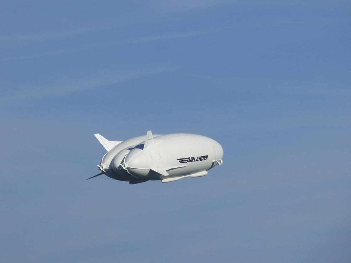 The Airlander has made its first successful flight since crashing last year