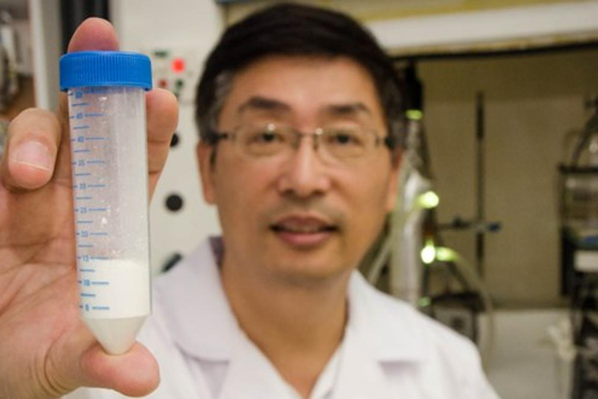 Associate Professor Darren Sun with some of his Multi-use Titanium Dioxide, prior to its integration into membranes