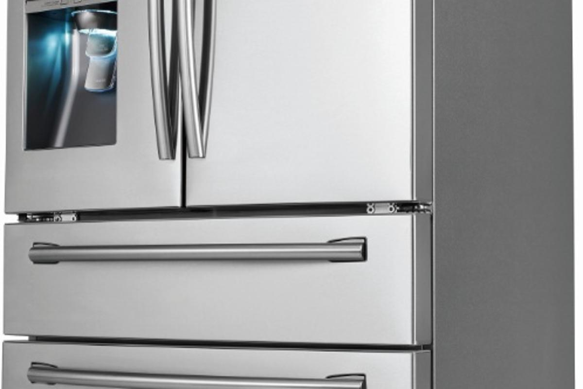 Samsung has partnered with SodaStream to introduce the RF31FMESBSR Four-Door Refrigerator, which comes with a built-in sparkling water dispenser