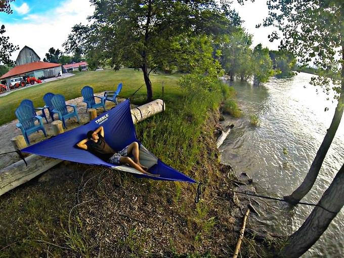 Treble also offers this triangular hammock