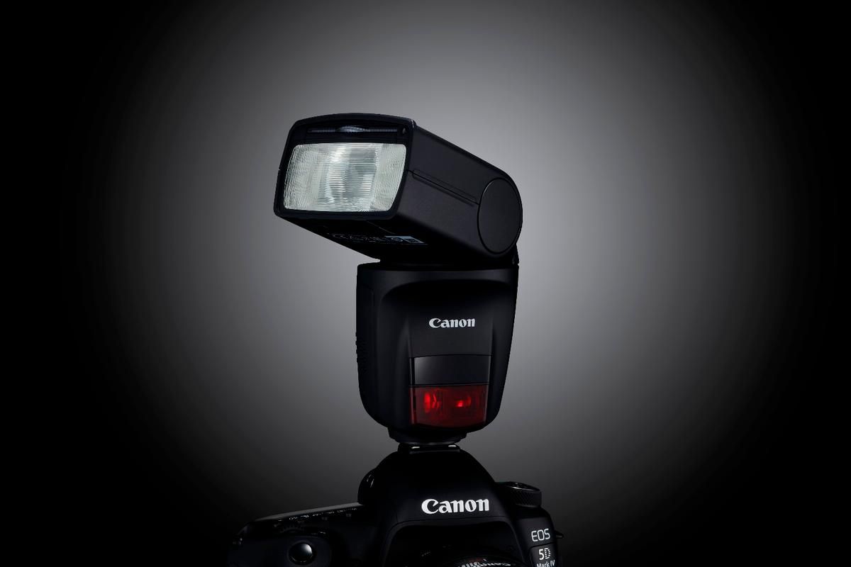 The Canon Speedlite 470EX-AI flash