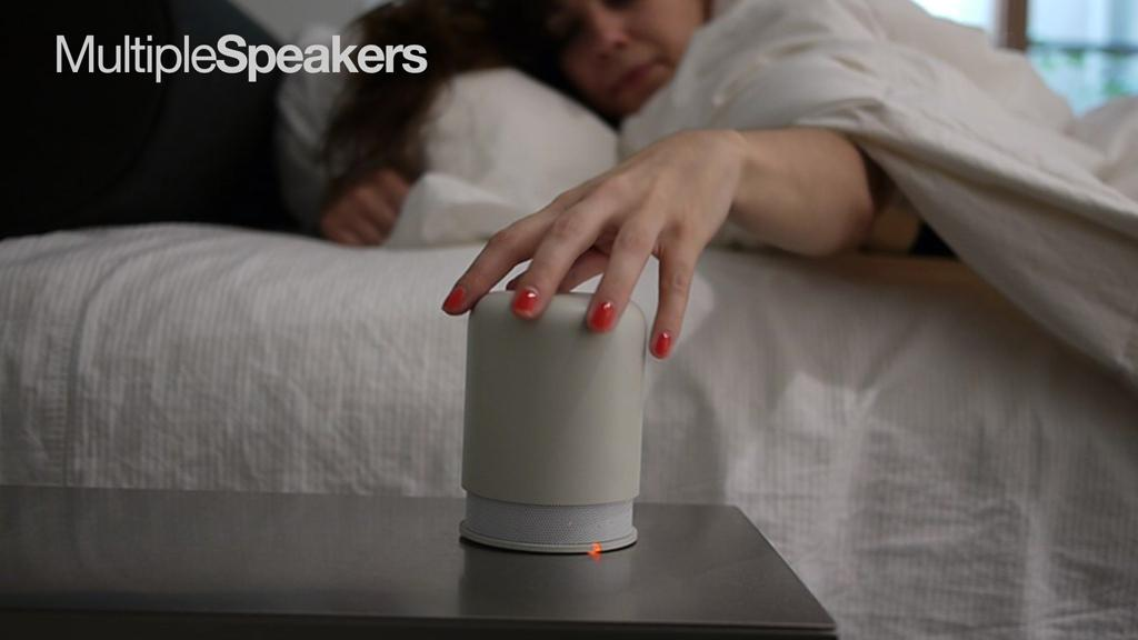 The Hidden Radio And Bluetooth Speaker features a movable cap, which needs to be twisted in order to activate the speaker