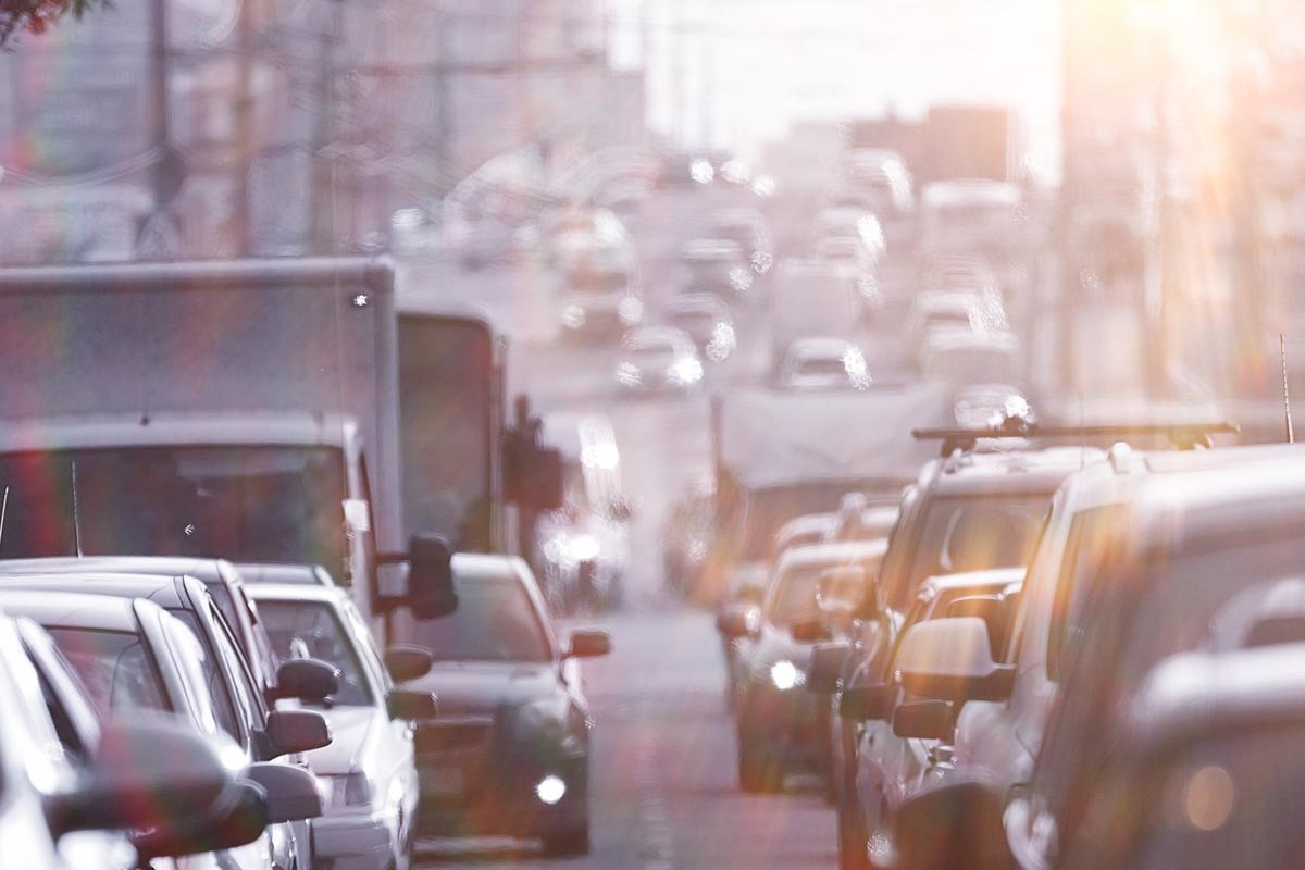 A study indicates electric vehicles could help make cities cooler (Photo: Shutterstock)