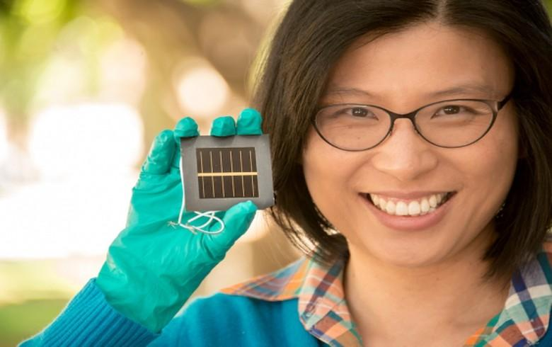 Researchers have set a new efficiency record for the largest certified perovskite solar cell