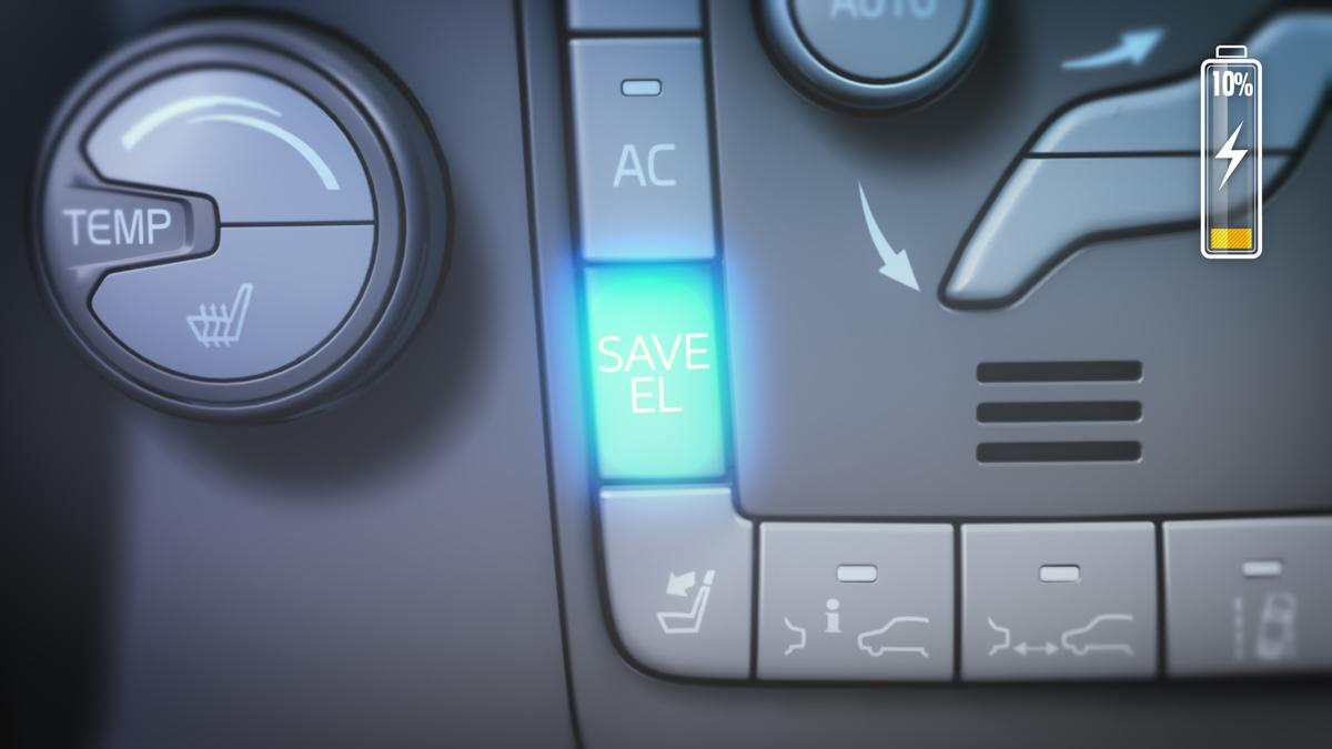 The Volvo XC60 Plug-in Hybrid Concept's save mode