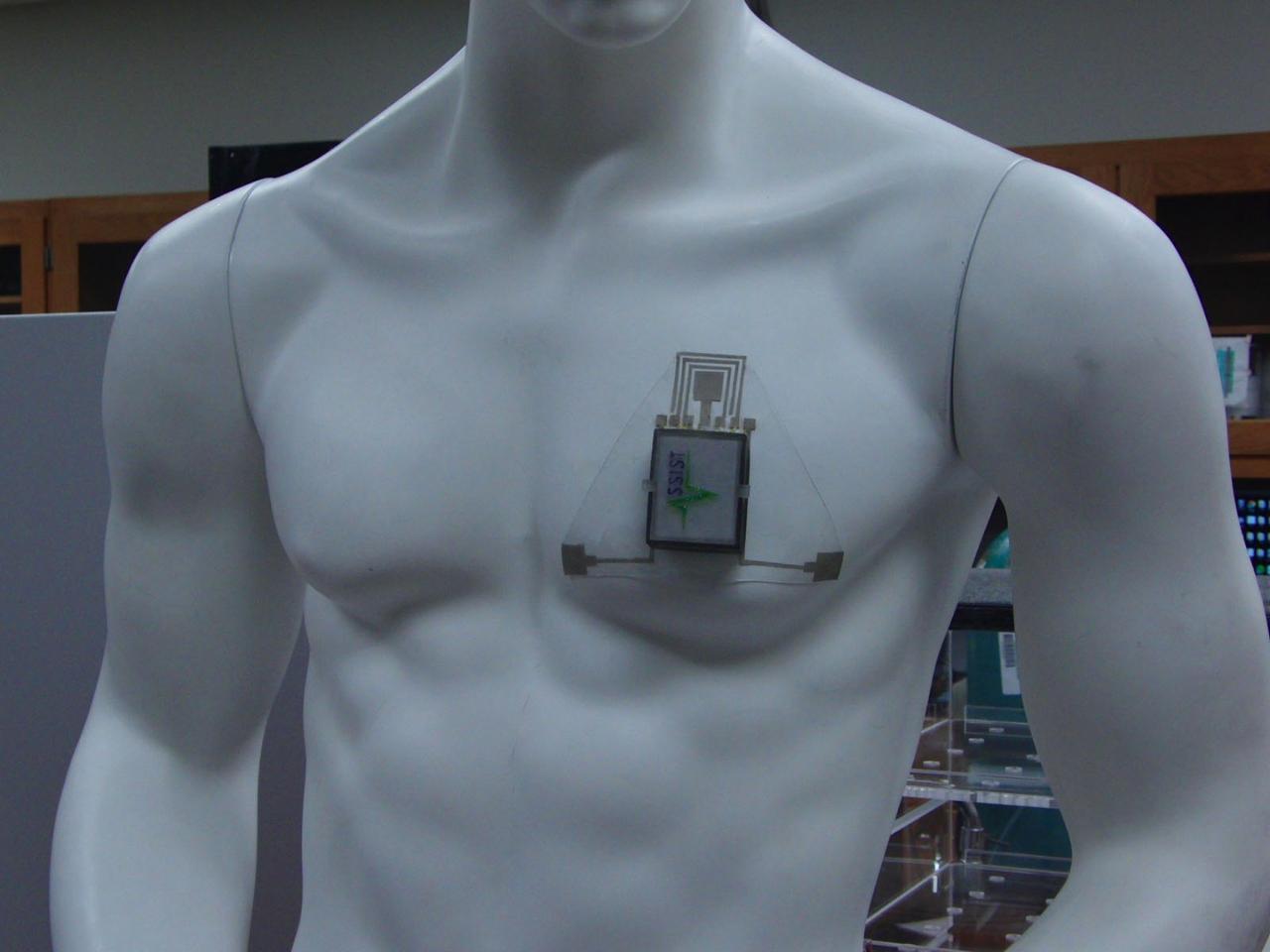 A prototype HET chest patch