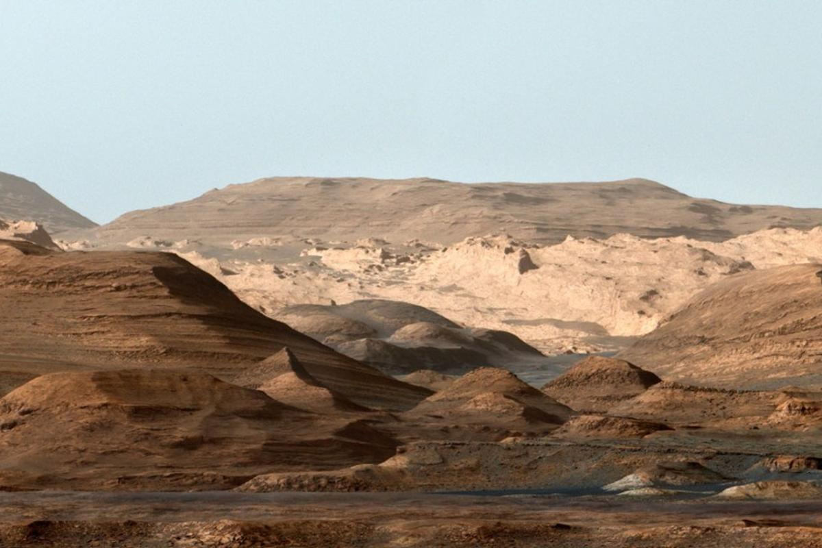 Mount Sharp in Gale Crater on Mars, falsely colored to highlight the different layers in the rock