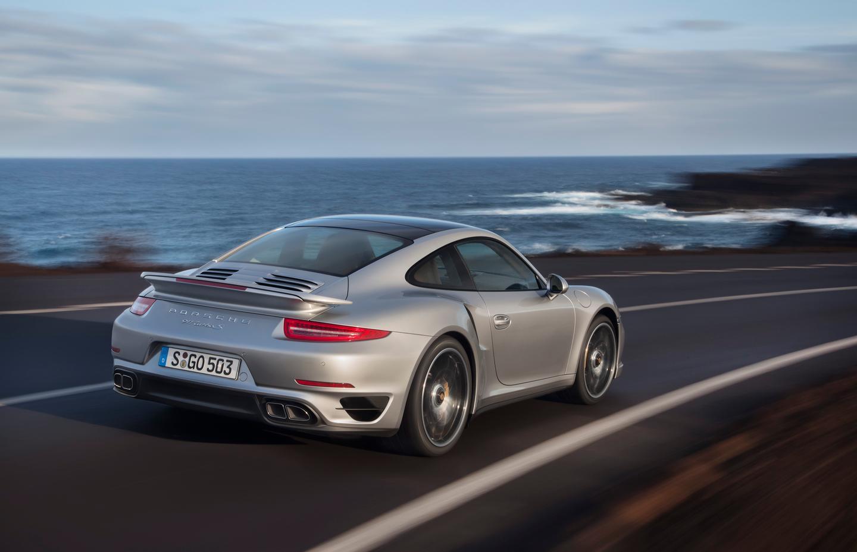 Porsches Next Gen 911 Turbo S Makes 0 60 Mph In 29 Seconds