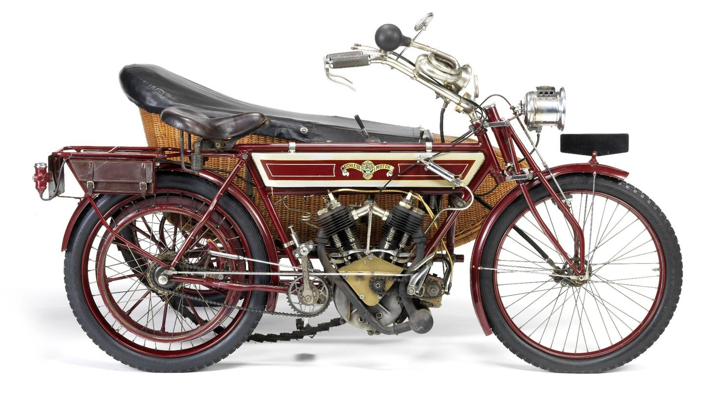 This 6hp Matchless was discovered at Lochiel in South Australia in the mid/late 1960s and purchased for £10 by the current vendor, who has carried out a painstaking restoration. In 1972 the restored Matchless won the concours event held for the opening of the National Motor Museum at Birdwood, South Australia, and in 1982 took top honours in the Concours d'Élégance at the 2nd 'Bay to Birdwood Run', awarded for the 'best presented combination of vehicle and occupants dressed in the period and style of the vehicle' It sold for £20,700 (US$25,173).