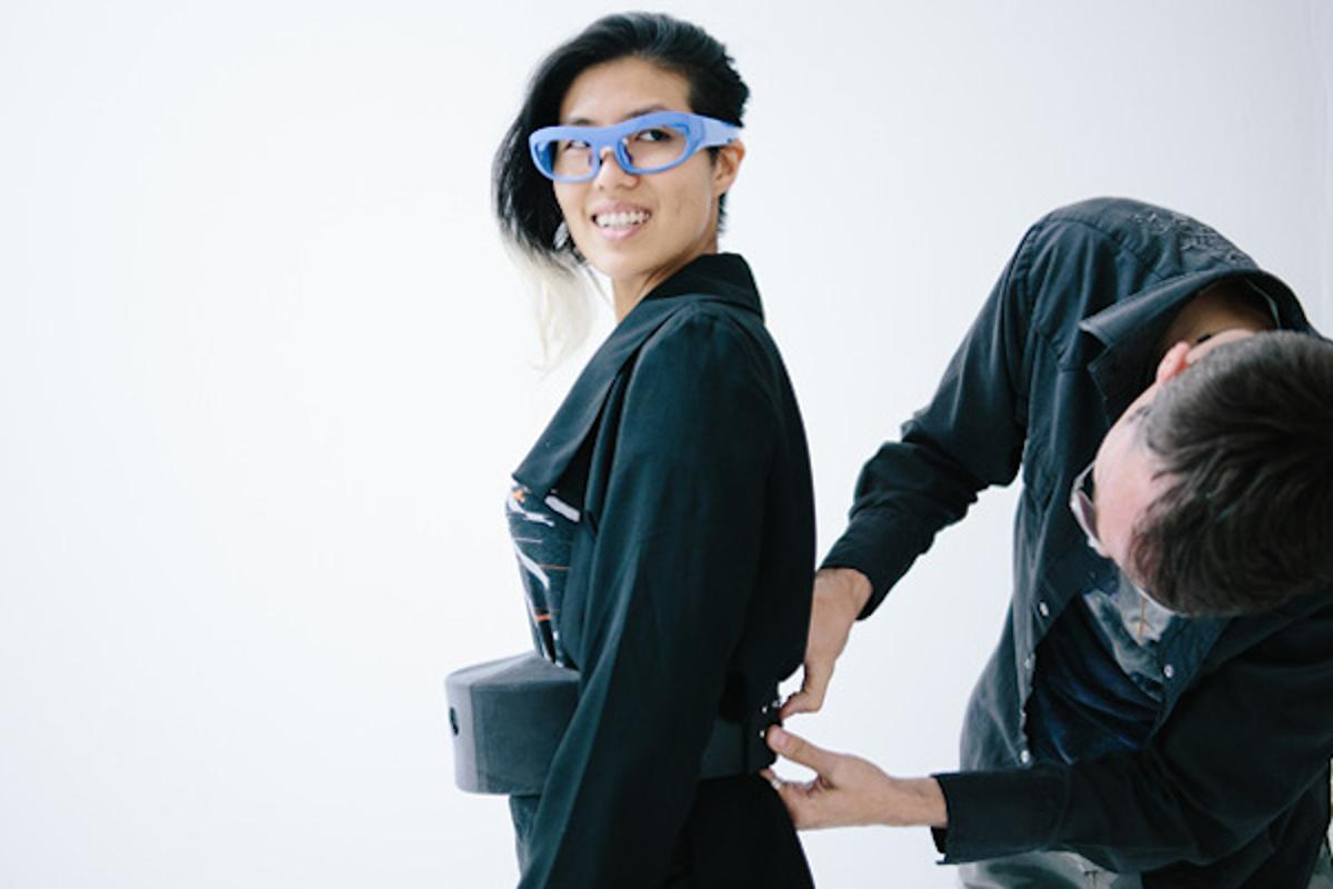 Intel has teamed up with fashion designer Hussein Chalayan to create an outfit with a pair of stress-sensing glasses, and a belt that projects that data onto a wall
