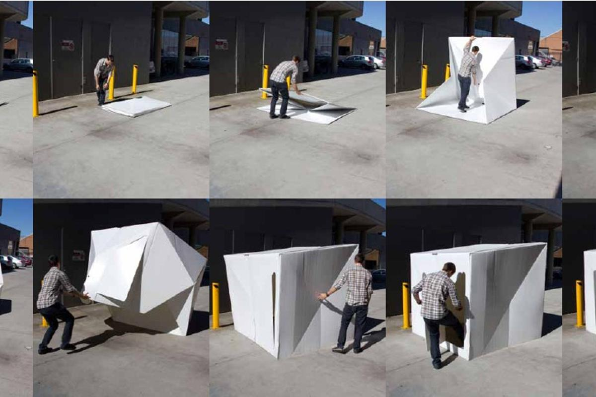 The Compact Shelter designed by Alastair Pryor pops up and down in less than two minutes