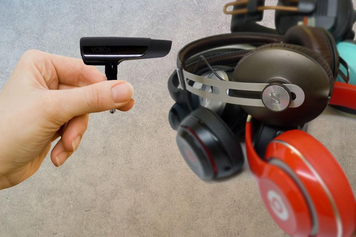 The BTunes bluetooth headphones plug from Voxoa