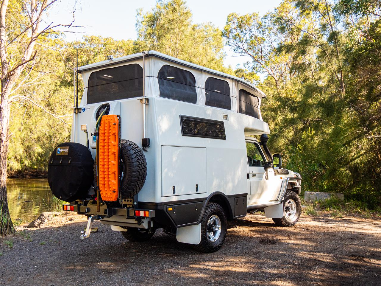 The EarthCruiser XTR250 combines an EarthCruiser motorhome module with an upgraded Land Cruiser 79 Series chassis
