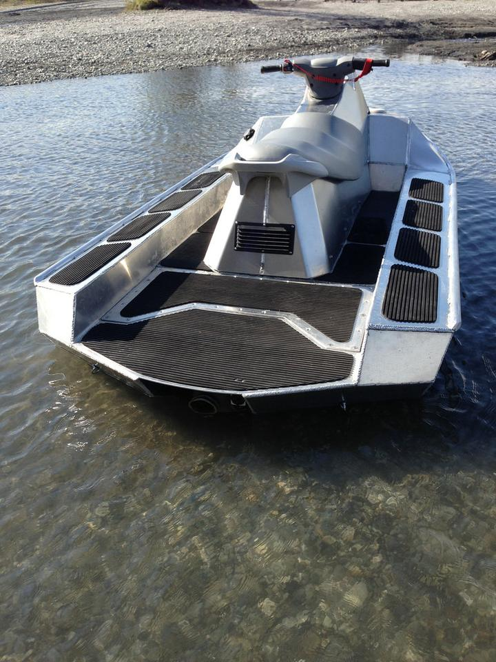 AlumaSki is designed to go where Jet Skis fear to tread