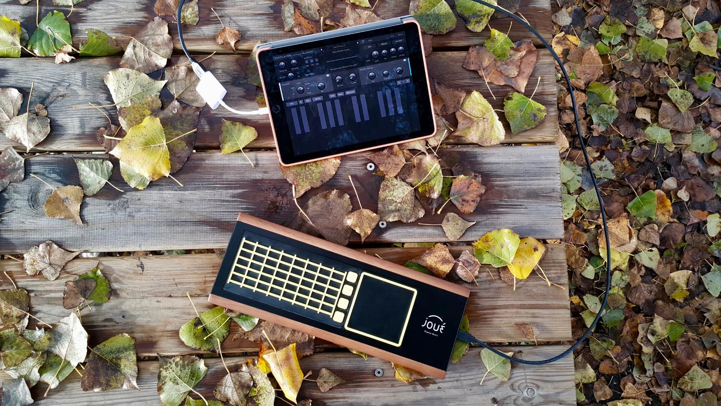 Joué interface connects to a tablet running music creation apps