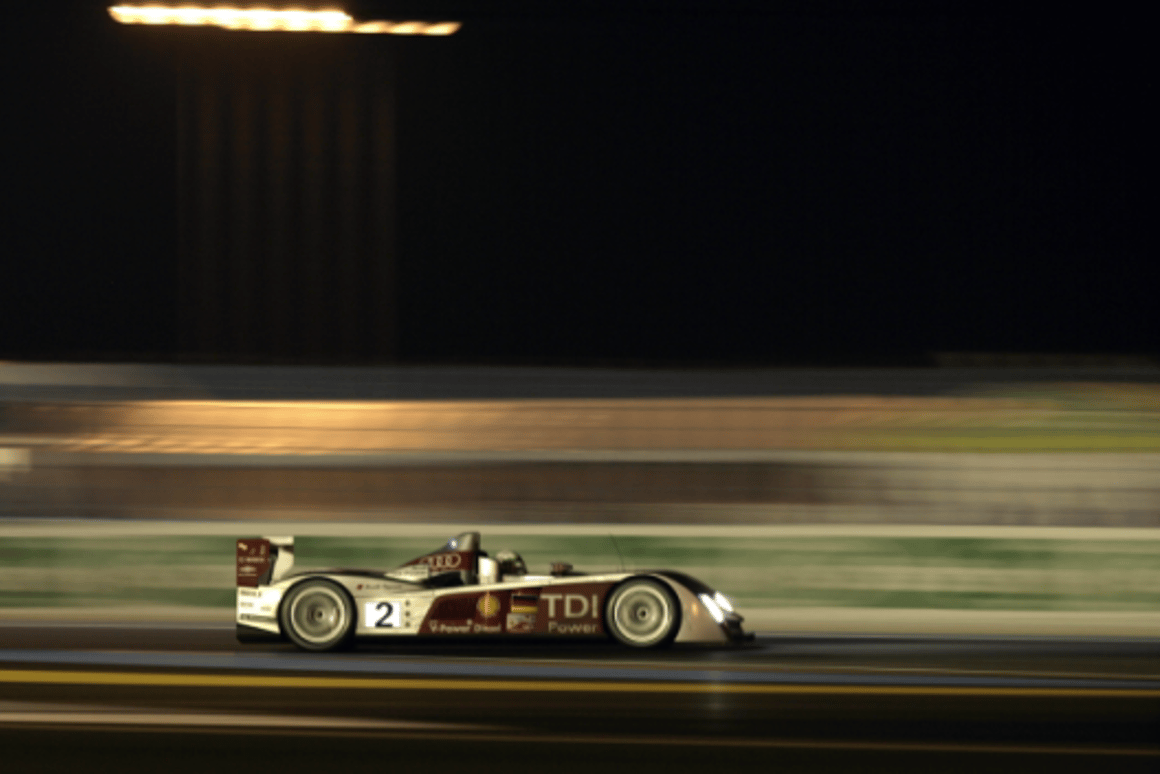 Audi and Peugeot diesel sportscars set to battle in Le Mans