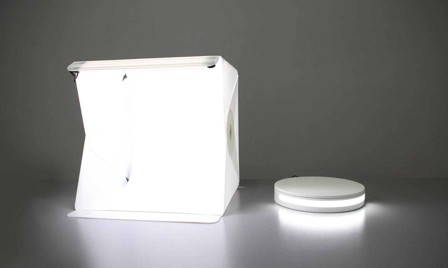 The Foldio360 smart photography turntable is best used with a light box like the Foldio lightbox studio