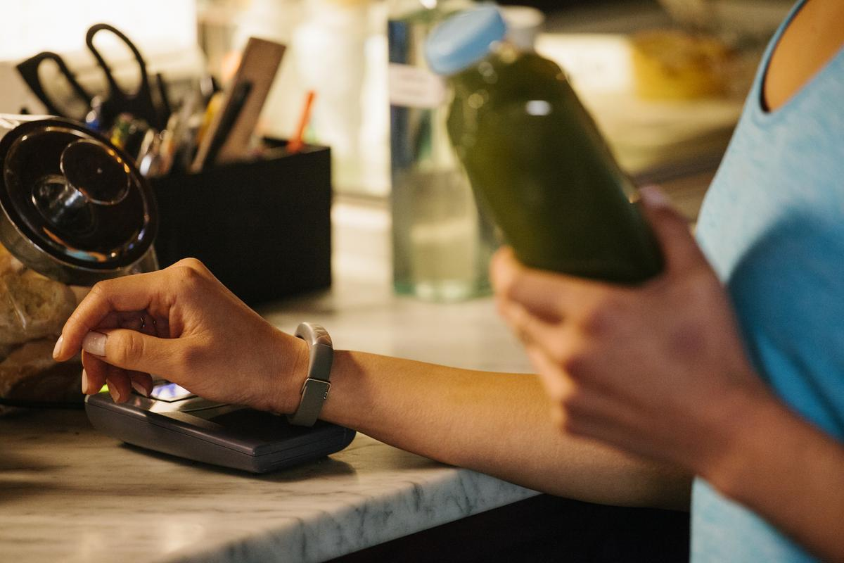 Jawbone and American Express have partnered to bring mobile payments to the new Jawbone UP4 fitness tracker