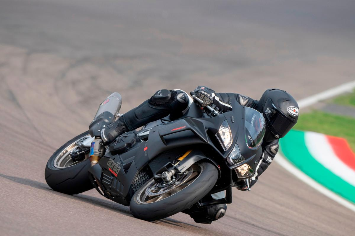 Aprilia's wingletted RSV4 1100 Factory looks like an absolute monster