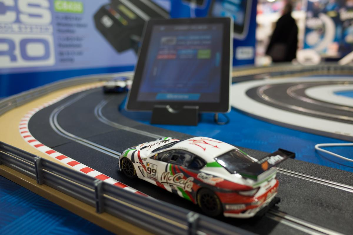 Scalextric RCS Race Control System uses a wirelessly-connected smart device to display race information