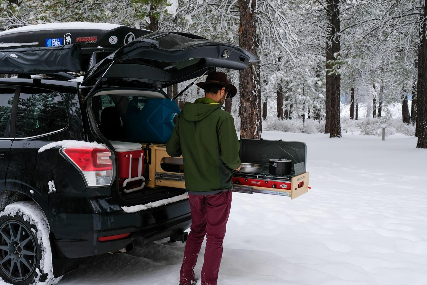 A little winter camping with the Nomad Kitchen