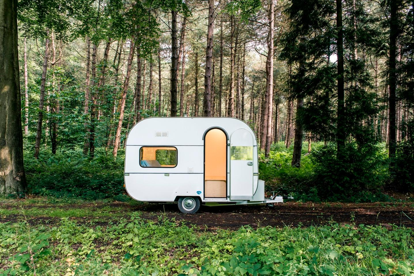 The dojowheels mobile office was conceived by Belgian design firm Five AM