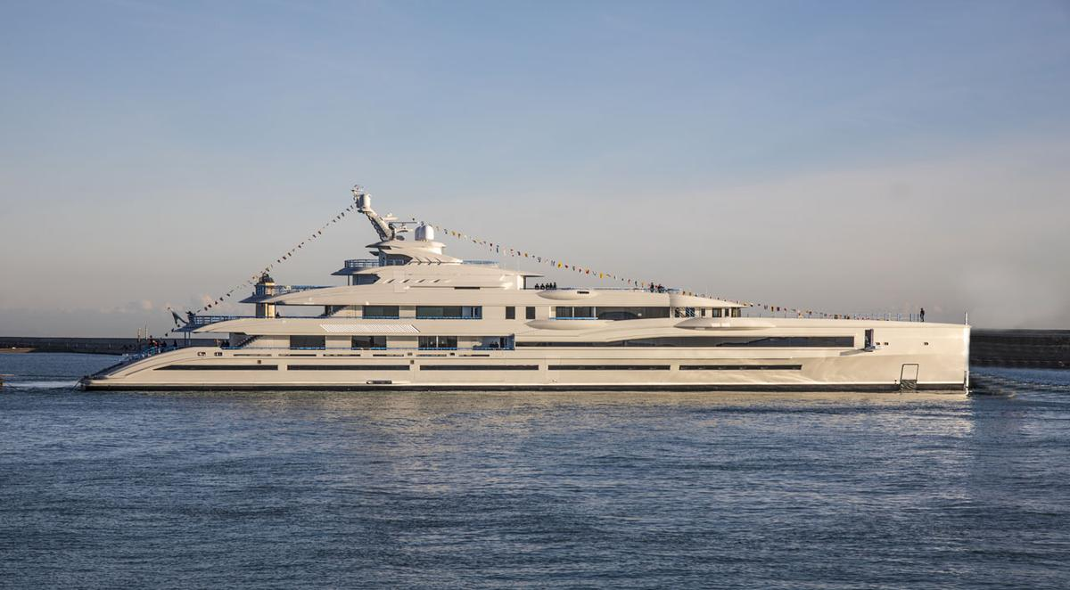 Italian shipyard Benetti has recently launched its largest yacht to date, the 351-ft (107-m)FB277