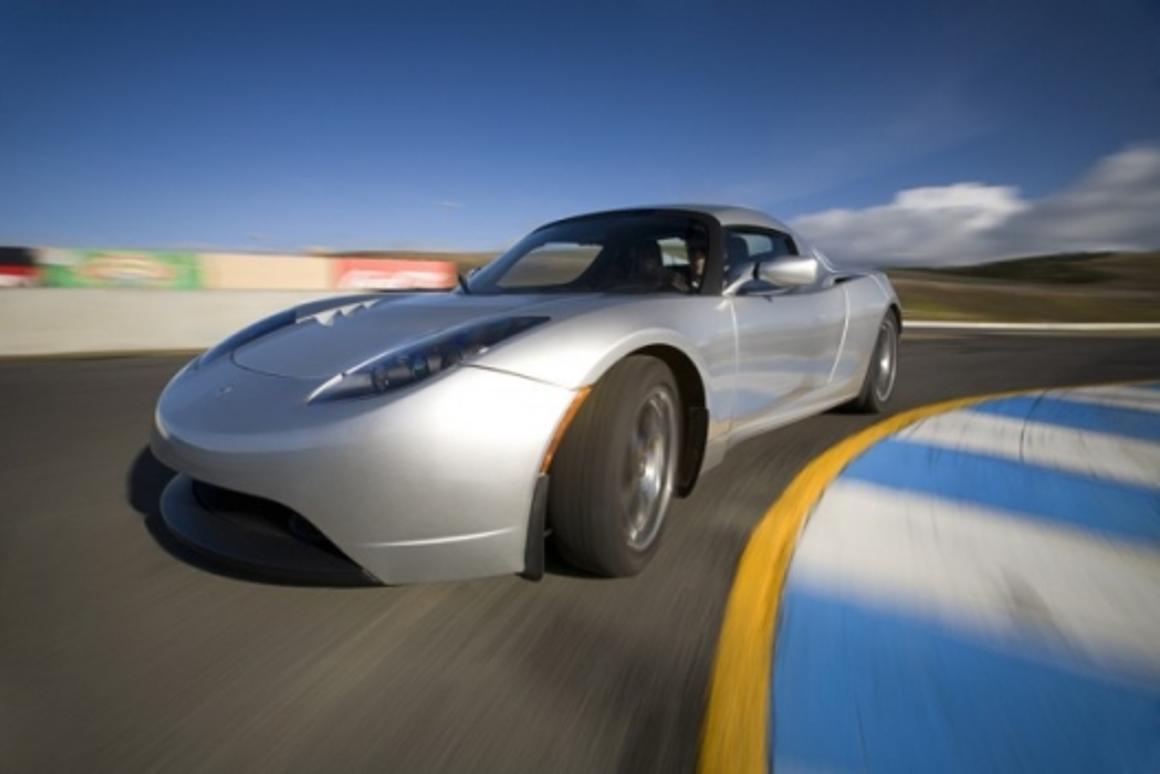 Tesla delivers 500th Roadster