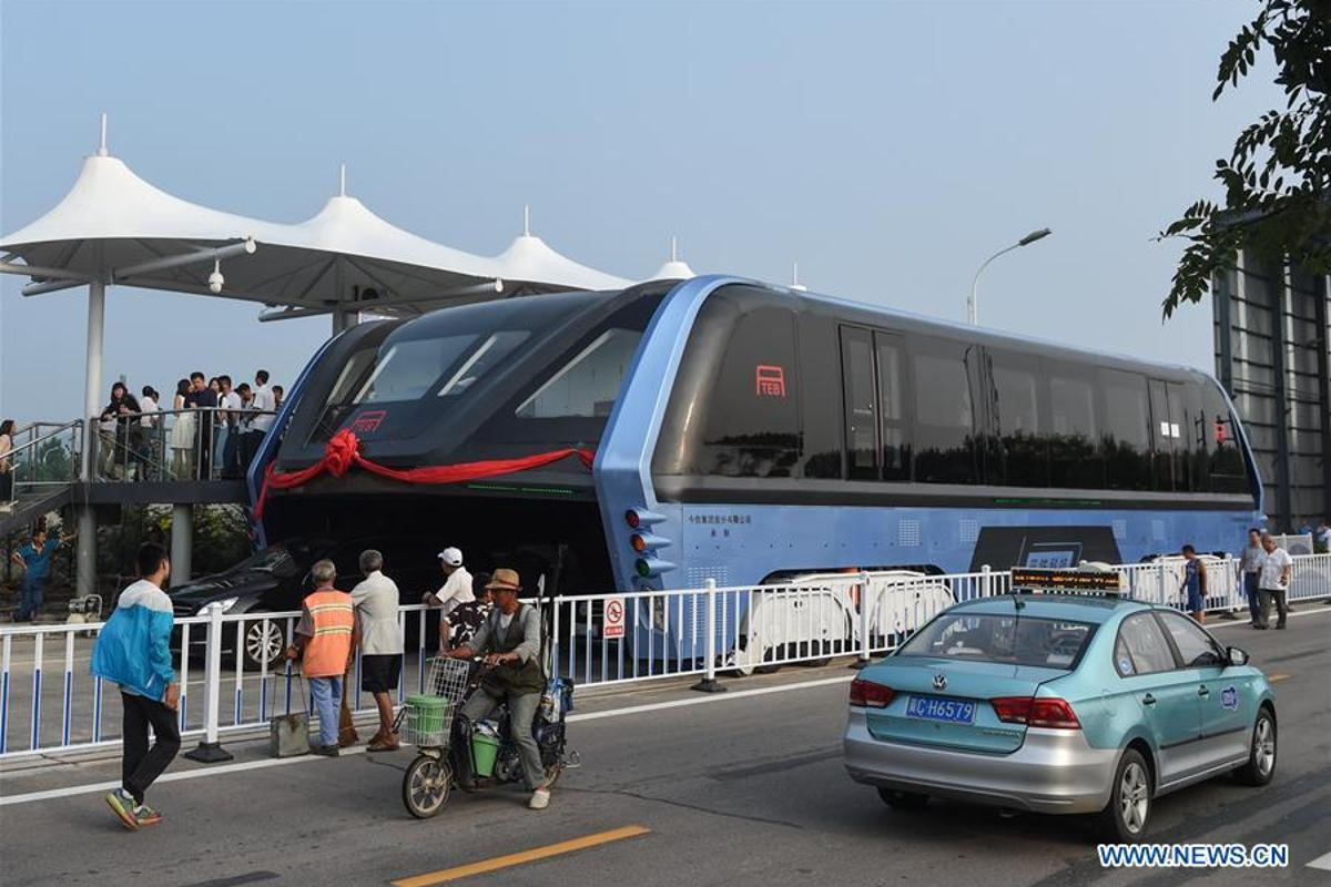 The Elevated Transit Bus on the street in Qinhuangdao, China