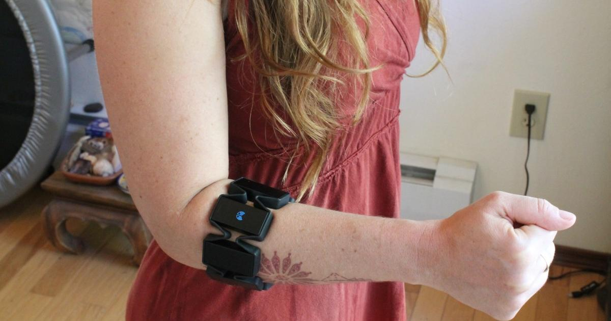 Gesture-control armband also keeps a close eye on MS
