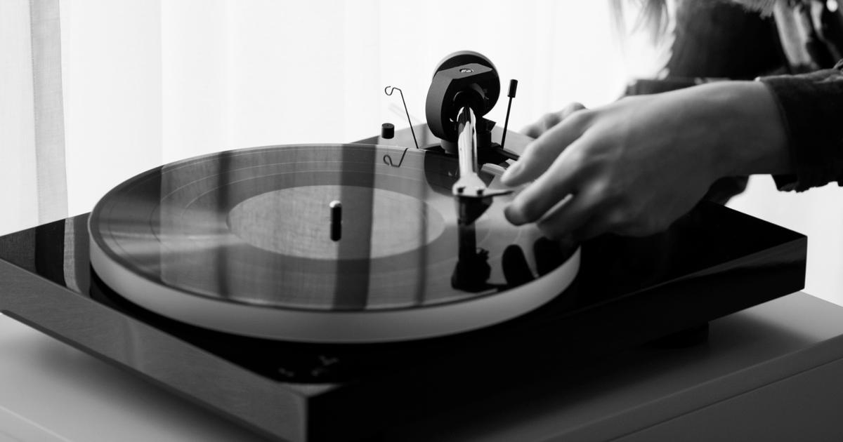 Pro-Ject spins out affordable audiophile X1 turntable